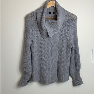 Saks fifth avenue cashmere blend sweater